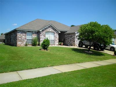 Collinsville Single Family Home For Sale: 11812 N 109th East Avenue