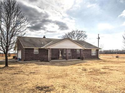 Bartlesville Single Family Home For Sale: 402431 W 2500 Road