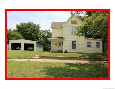 Bartlesville Single Family Home For Sale: 810 S Wyandotte Avenue