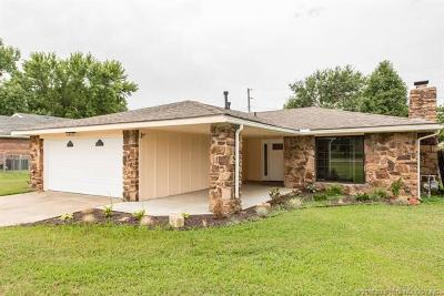 Bartlesville Single Family Home For Sale: 2109 Jefferson Road