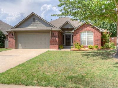 Jenks Single Family Home For Sale: 1705 W 120th Court S