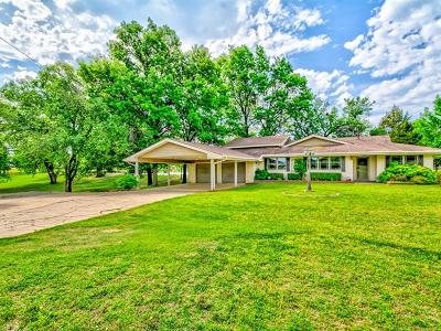 Bartlesville Single Family Home For Sale: 2667 Us Highway 60 Highway