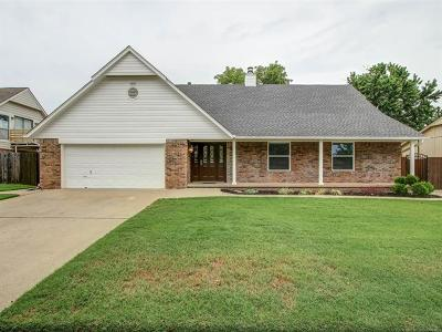 Jenks Single Family Home For Sale: 939 W J Street