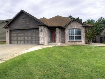Broken Arrow Single Family Home For Sale: 3725 S 200th East Avenue