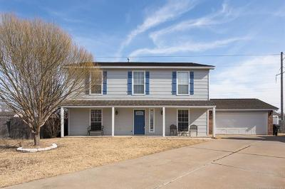 Owasso Single Family Home For Sale: 12726 E 77th Place North