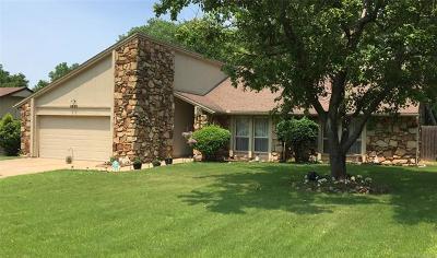 Broken Arrow Single Family Home For Sale: 2600 W Iola Street