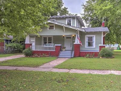 Sapulpa Single Family Home For Sale: 302 S Hickory Street