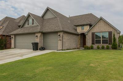 Broken Arrow Single Family Home For Sale: 3714 S 13th Place