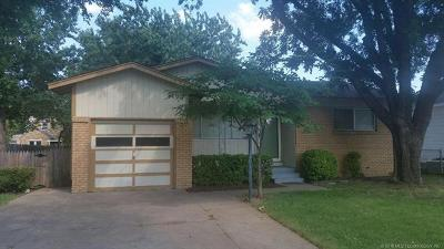 Tulsa OK Rental For Rent: $925
