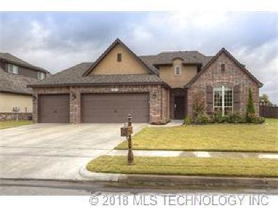 Tulsa Single Family Home For Sale: 18811 E 42nd Street