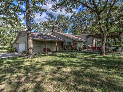 Okmulgee Single Family Home For Sale: 1605 Country Club Road