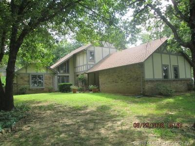 Fort Gibson Single Family Home For Sale: 302 Bayou Road