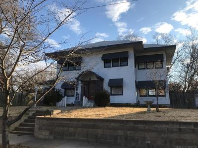 Okmulgee Single Family Home For Sale: 513 S Alabama Street