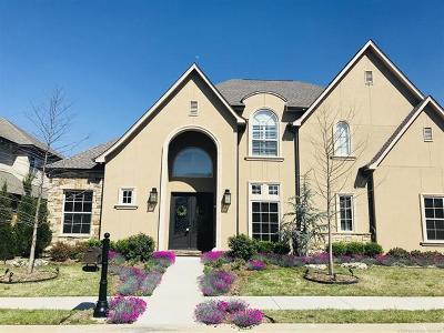 Tulsa Single Family Home For Sale: 11625 S Marion Avenue