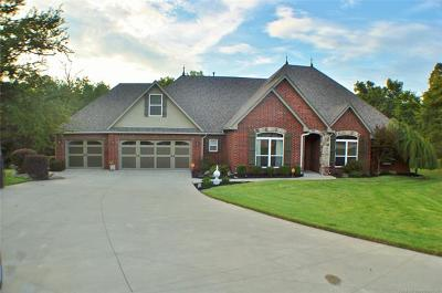 Claremore Single Family Home For Sale: 10065 Circle Drive
