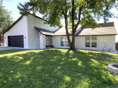 Broken Arrow Single Family Home For Sale: 2409 W Washington Place