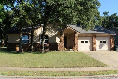 Sand Springs Single Family Home For Sale: 3111 Magnolia Drive