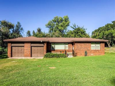 Sand Springs Single Family Home For Sale: 602 Terrace Drive