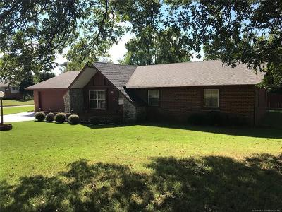 Sand Springs Single Family Home For Sale: 1114 E 10th Street