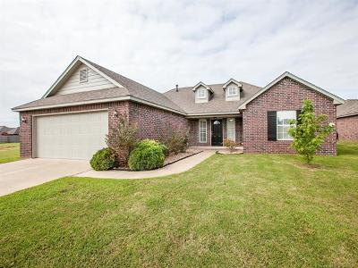 Claremore Single Family Home For Sale: 26420 Foxen Drive