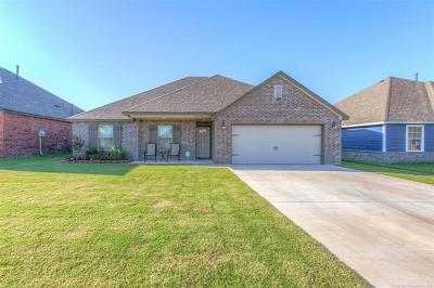 Coweta Single Family Home For Sale: 28070 E 149th Place S
