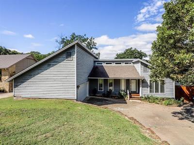 Tulsa Single Family Home For Sale: 8352 S Vandalia Avenue
