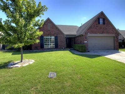 Owasso Single Family Home For Sale: 9921 N 120th East Avenue