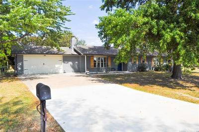 Claremore Single Family Home For Sale: 10565 E 3rd Street