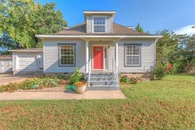 Single Family Home For Sale: 15825 W 21st Street