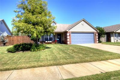 Single Family Home For Sale: 12003 E 115th Place N