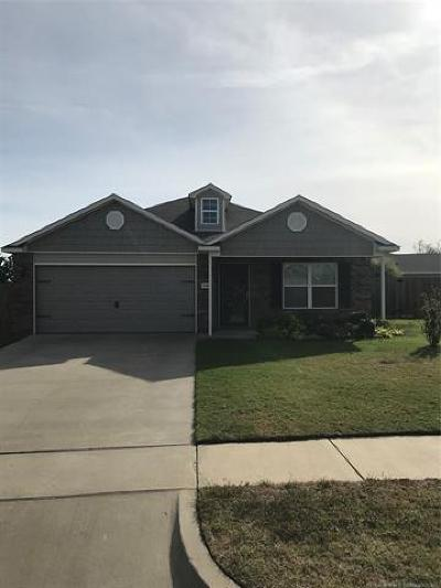 Broken Arrow Single Family Home For Sale: 2709 W El Dorado Street