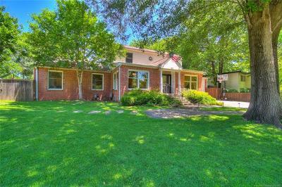 Tulsa Single Family Home For Sale: 1621 E 36th Court