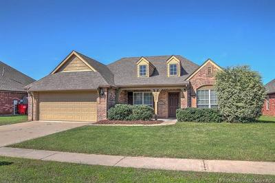 Owasso Single Family Home For Sale: 9006 N 157th East Avenue