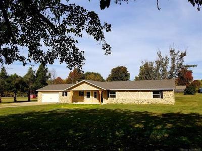 Claremore Single Family Home For Sale: 7165 E Verdigris Drive