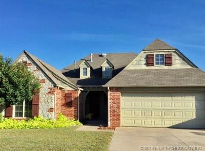 Jenks Single Family Home For Sale: 1705 W 119th Place