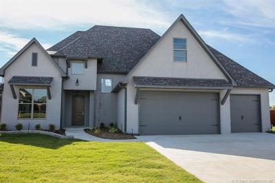 Jenks Single Family Home For Sale: 210 W 129th Street S
