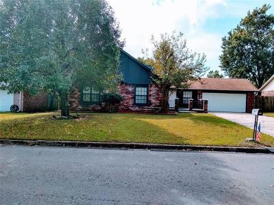 Broken Arrow Single Family Home For Sale: 805 W Waco Place S
