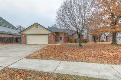 Owasso Single Family Home For Sale: 13117 E 77th Place N