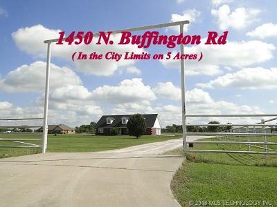 Sallisaw Single Family Home For Sale: 1450 N Buffington Road