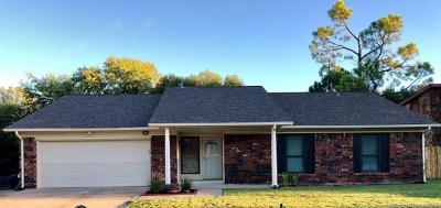 Broken Arrow Single Family Home For Sale: 2408 W Canton Street