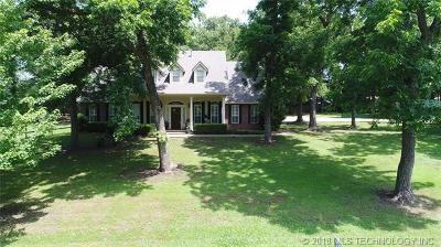 Claremore Single Family Home For Sale: 13465 Hickory Drive