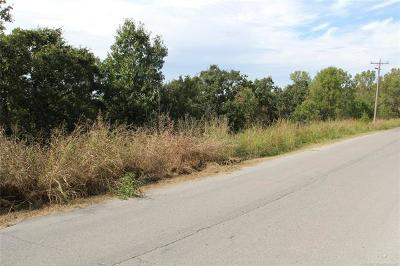 Residential Lots & Land Sold: Holt Road