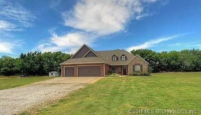 Claremore Single Family Home For Sale: 2297 N Highway 88 Highway