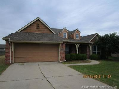 Broken Arrow Single Family Home For Sale: 4602 N 36th Place