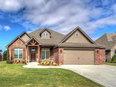 Broken Arrow Single Family Home For Sale: 22503 E 104th Street S