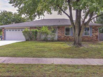 Jenks Single Family Home For Sale: 11404 S Date Court