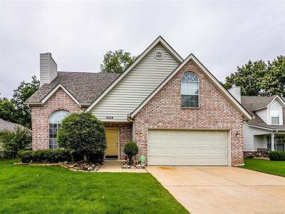 Tulsa Single Family Home For Sale: 9648 S 89th East Avenue