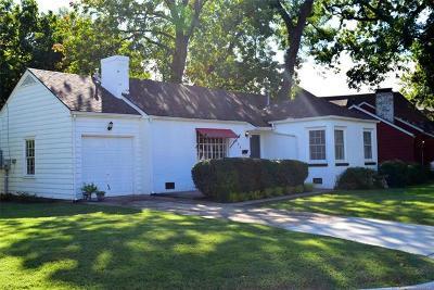 Tulsa Single Family Home For Sale: 2943 S Boston Place