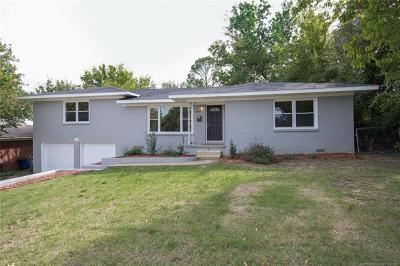 Tulsa Single Family Home For Sale: 5930 E 5th Street