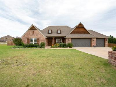 Owasso Single Family Home For Sale: 8481 N 67th East Avenue